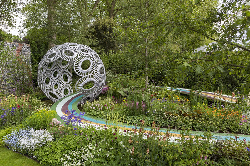 12 Inspirational Garden Designs From The 2016 Chelsea Flower Show // The Brewin Dolphin Garden – Forever Freefolk, designed by Rosy Hardy.