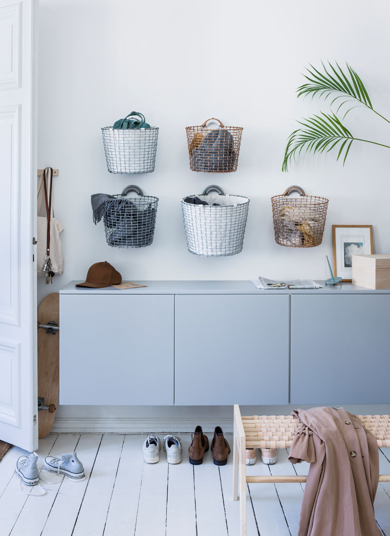 In order to maximise functionality, Korbo handwoven wire baskets can be hung using the handles built onto them and a sturdy basket hanger that allows them to be securely attached to the wall.