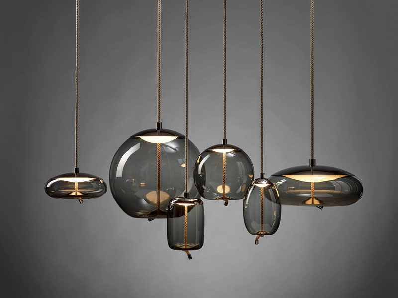 ChiaramonteMarin Designstudio has created KNOT, a collection of modern lights that combine a coarse natural fibre with smooth, transparent blown glass. #Lighting #PendantLights #GlassLighting #ModernLighting